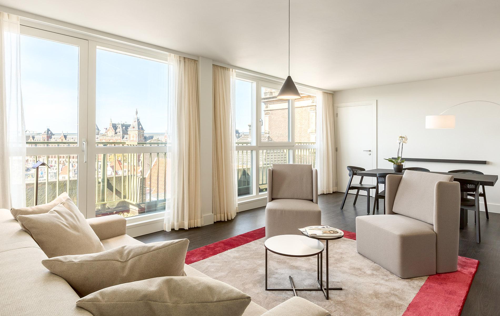 Renovatie nh collection barbizon palace amsterdam - Het creeren van een master suite ...